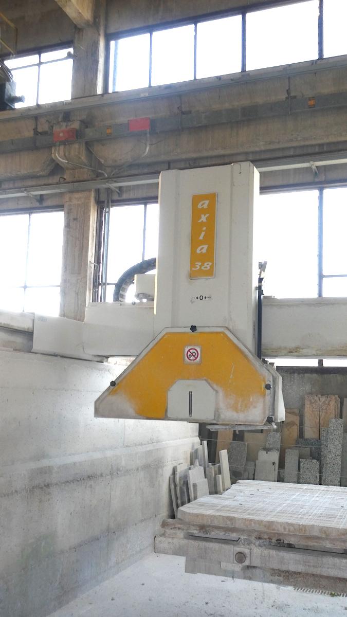 Used bridge saw for sale - Gmm Axia 38 Full - Head